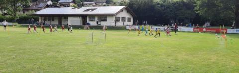 Fußballschnuppertraining am 25.06.2021 auf dem Fußballplatz in Stallwang